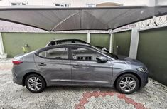 Neatly Used Hyundai Elantra 2018 SE Grey