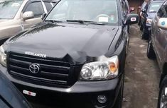 Clean Fairly Used Toyota Highlander 2006 Model Automatic  Transmission