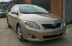 Gold Foreign Used Toyota Corolla 2010 Model for Sale