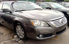 Very Clean Foreign used Toyota Avalon 2008