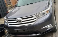 Very Sharp Tokunbo Toyota Highlander 2014