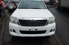 Foreign used 2015 Toyota hilux