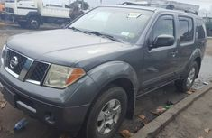 Grey Used Nissan Pathfinder 2007 Model for Sale in Lagos