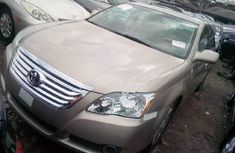 Tokunbo Toyota Avalon 2006 Model Gold