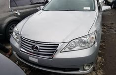 Silver Foreign Used Lexus ES 2011 Model