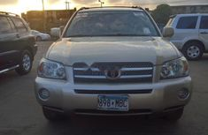 Clean Tokunbo Toyota Highlander 2006 Model