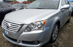 Clean Tokunbo Toyota Avalon 2008 Model