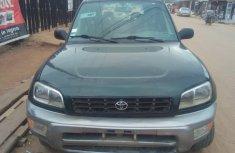 Neat Nigerian used Toyota RAV4 2000