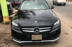 Neat Foreign used Mercedes-Benz C300 2016