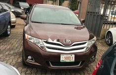 Neat Foreign used Toyota Venza 2010