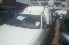 White Foreign Used Volkswagen Caddy 2002 Pickup Van
