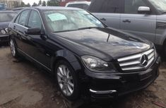 Super clean Mercedes Benz C350 4matic 2013 model