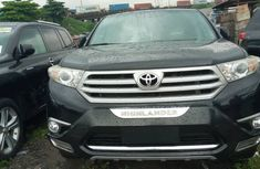 Black Foreign Used Toyota Highlander SUV 2012 Model for Sale