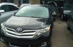 Grey Well Maintained Tokunbo Toyota Venza 2011 Model for Sale