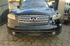 This is a clean Infinity FX35 2003 model for sale.