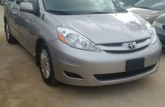 Toyota Sienna 2009 Foreign Used Automatic for Sale