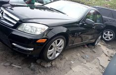Neat Foreign used 2009 Mercedes-Benz C300