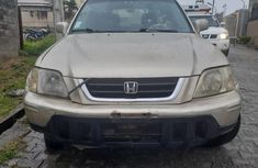Super Clean Nigerian used 2005 Honda CR-V