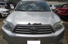 Very Clean Nigerian used 2010 Toyota Highlander