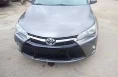 Foreign Used Toyota Camry SE 2016 Model Grey for Sale
