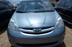 Foreign Used Toyota Sienna 2008 Automatic Petrol ₦2,200,000