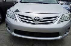 Neat Foreign used 2013 Toyota Corolla