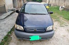 Nigerian Used 2002 Toyota Sienna Petrol