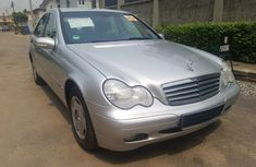 Mercedes-Benz C180 price in Nigeria & buying review