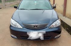 Blue Nigeria Used Toyota Camry 2004 Model for Sale