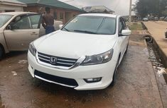 Neat Foreign used Honda Accord 2015