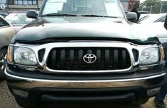 Toyota Tacoma 2004 Foreign Used Black Pickup for Sale