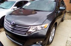Properly maintained Nigerian used Toyota Venza 2009