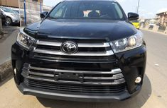 Foreign Used Black Toyota Highlander SUV 2018 Model for Sale