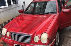 Tokunbo Mercedes-Benz E320 2000 Model Red