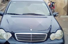 Nigerian Used Mercedes-Benz C230 2002 Blue