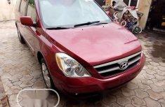 Neat Foreign used Hyundai Entourage 2006 Red