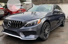 Tokunbo Mercedes-Benz C400 2015 Model Gray