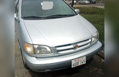 Very Clean Nigerian used Toyota Sienna 2003