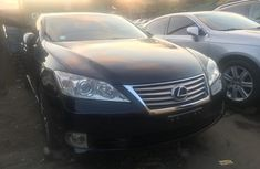 2010 Lexus ES 350	Foreign Used Blue Sedan