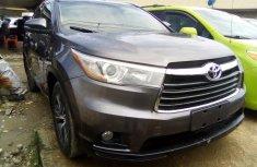 Toyota Highlander SUV Gray 2016 Model in Lagos