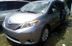 Toyota Sienna 2012 Foreign Used Minibus for Sale