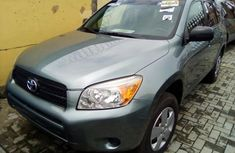 Toyota RAV4 2007 Model Blue Tokunbo for Sale