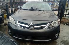 Neat Foreign used Toyota Corolla 2013