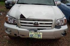 Neat Nigerian used Toyota Highlander 2006