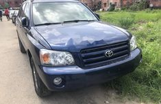 Extremely Neat Foreign used 2004 Toyota Highlander