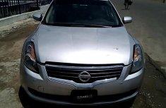Neat Nigerian used Nissan Altim 2008