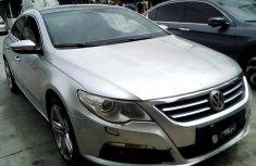 Neat Nigerian used Volkswagen Passat 2012