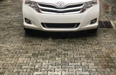 Super Clean Foreign used Toyota Venza 2015