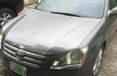 Nigeria Used Toyota Avalon 2006 Model Grey