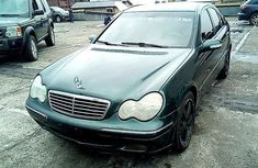 Nigeria Used Mercedes-Benz C180 2001 Model Green
